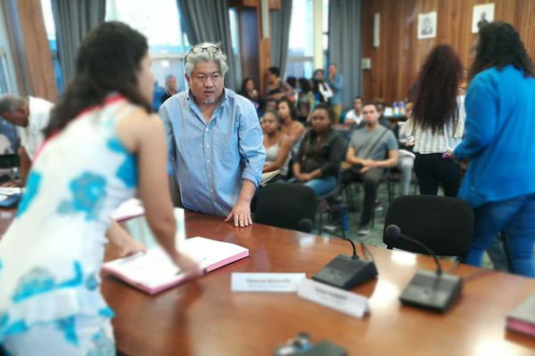 Signature contrats civiques 1-Possession