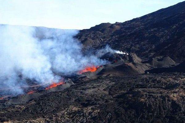 Volcan survol 28 04 18 8h50