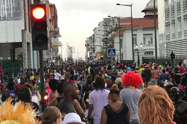 Défilé  de carnavaliers