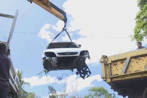 Maré carcasse voitures 1