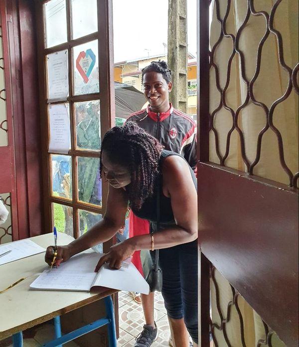 L'aide de la communauté franco-dominicaine de Guyane