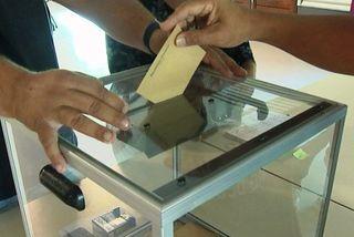 Vote urne à Nouméa élection
