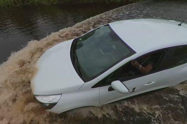 Voiture inondée