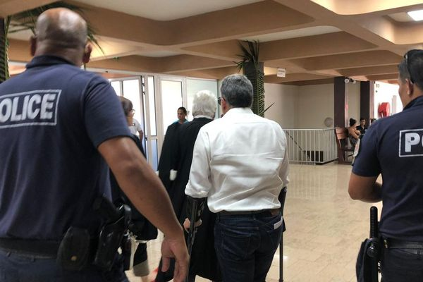 Les prévenus au sortir du tribunal