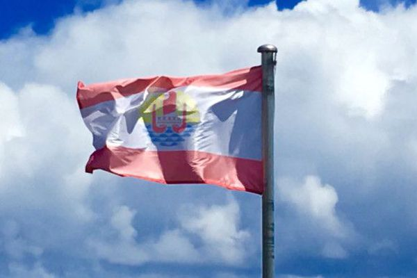 Le drapeau de la Polynésie française