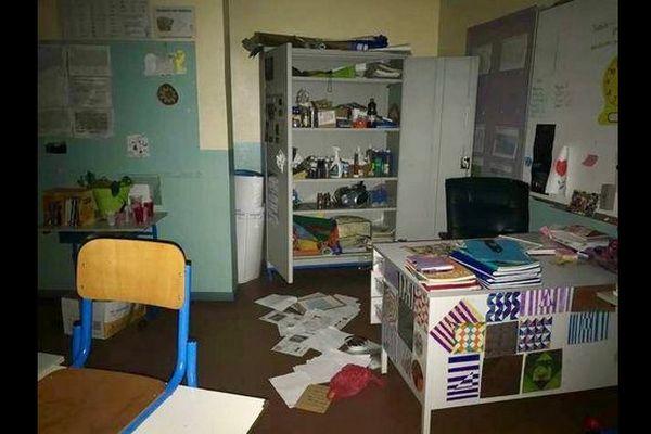 Ecoles Tamarins saccagées
