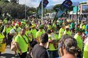 Des milliers de manifestants marchent pour commémorer le 1er essai nucléaire