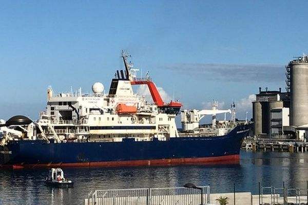 Marion-Dufresne arrive au Port