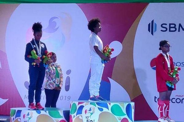 JIOI 2019 haltérophilie médaille d'argent pour Déborah Virama -45kg 210719