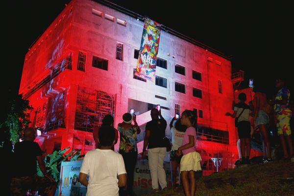 Sauver le Centre des Arts par l'ANG