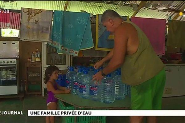 A Mahina, une famille vit sans eau potable depuis cinq ans