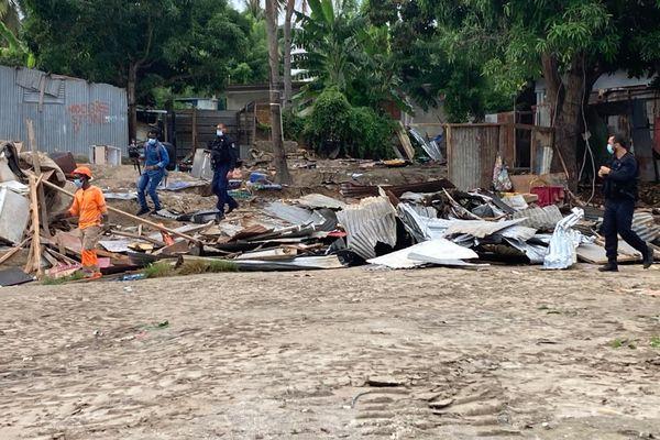 Destruction de cases illégales au quartier Cetam à Labattoir