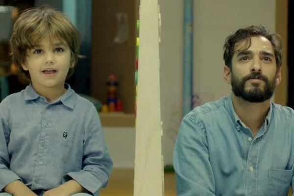 Handicap vidéo La différence à travers les yeux d'un enfant