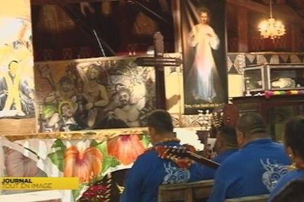 Les pèlerins de Sainte Anne de Nouvelle Calédonie à Poï à Futuna