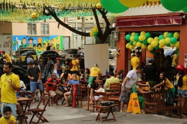 Café Rio ambiance