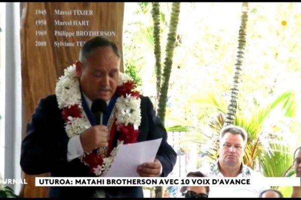 Matahi Brotherson prend ses fonctions à Uturoa