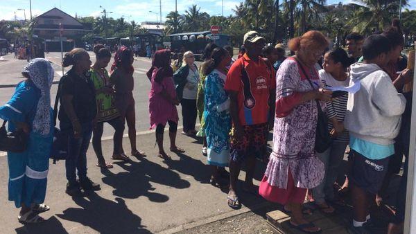 Premier jour du Néobus à Nouméa