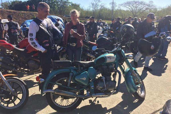Des motos de différentes marques