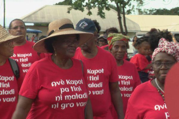 La marche des séniors à Sainte Rose