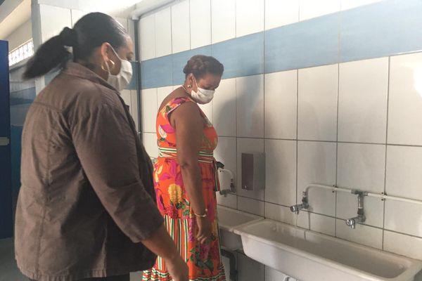 Contrôle des sanitaires à l'école Rene Barthélémy