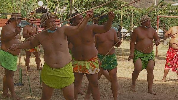 Tuaro maohi : le grimper au cocotier fait toujours recette