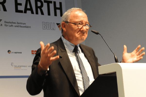 Jean-Jacques Dordain, directeur général de l'ESA
