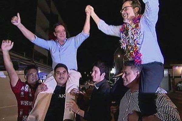 Gomès et Dunoyer députés fêtent la victoire