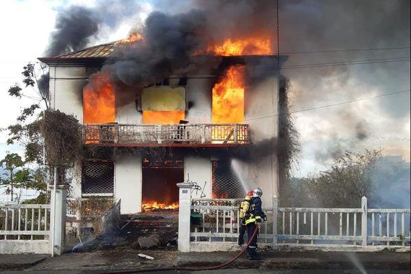 Incendie maison FdeF