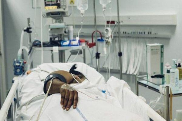 CHM lit d'hôpital