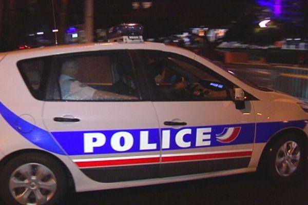 voiture de la police