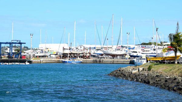 Marina à l'entrée de Nouville, 16 juillet 2018