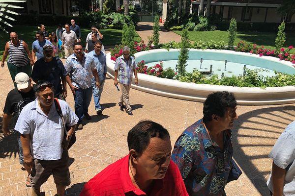 Une trentaine de partenaires sociaux étaient présents à la présidence, ce mardi matin.