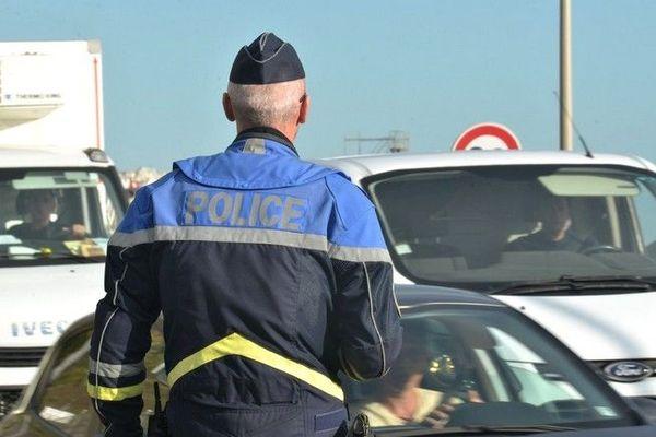 Contrôle routier dépistage alcool stupéfiants bus scolaire Saint-Denis 270120