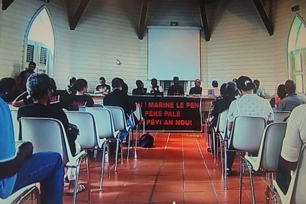 Collectif contre Marine Le Pen