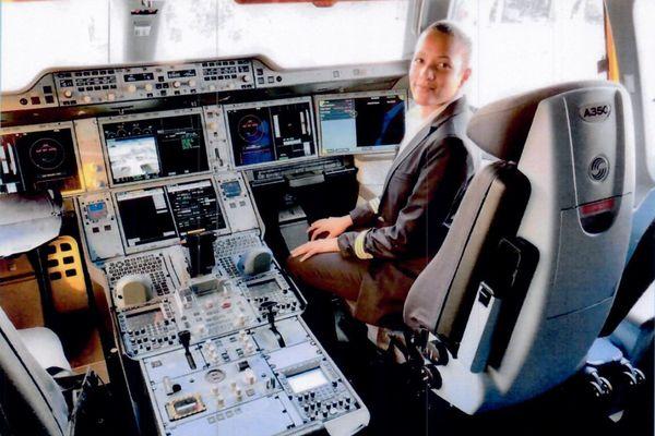 Aurélie Otvas, pilote de ligne sur Air Caraïbes