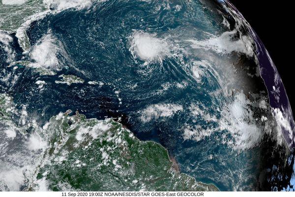 Tempêtes tropicales René, Paulette 11/09/2020