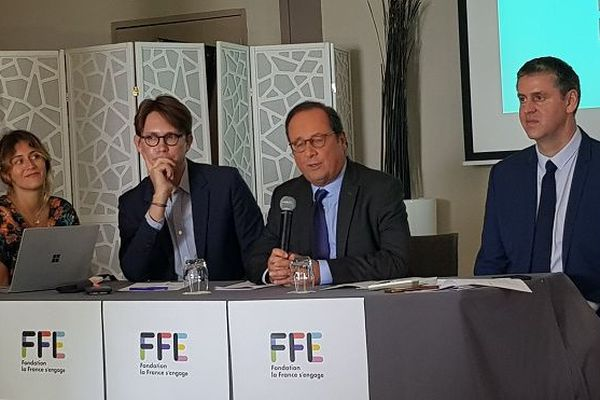 François Hollande a tenu ce lundi 8 octobre une conférence de presse à La Réunion.