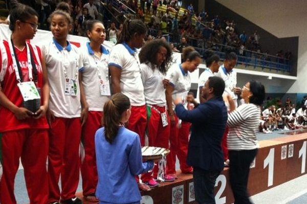 JIOI 2015 basket féminin mada médaille argent