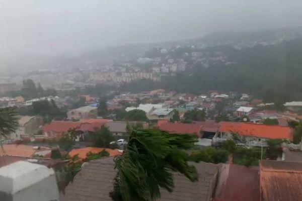 Pluies et vents sur la Martinique