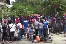 Des milliers de migrants, pour la plupart haïtiens, coincés à Necocli, une petite ville près de la frontière entre la Colombie et le Panama.