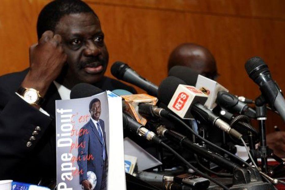 Coronavirus : Pape Diouf hospitalisé et sous assistance respiratoire au Sénégal - Guadeloupe la 1ère