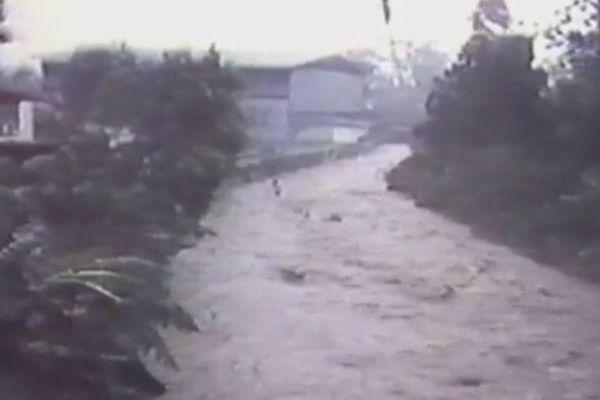 Tahiti pendant les cyclones en 1983