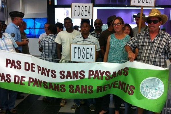 Manifestation FDSEA au Portail Saint-Leu