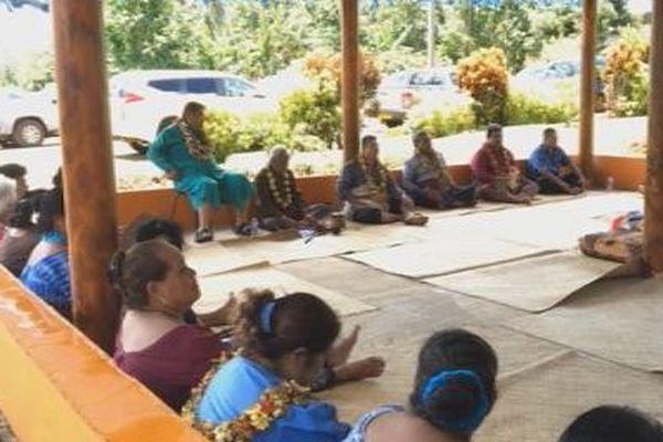 Accueil des familles PELETAU à Vaitupu