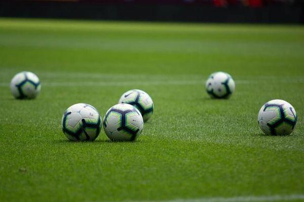 photo de ballons de football