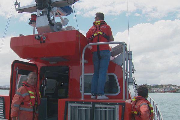 Les bénévoles sauveteurs en mer sur la nouvelle vedette acquise par cette délégation de service public.