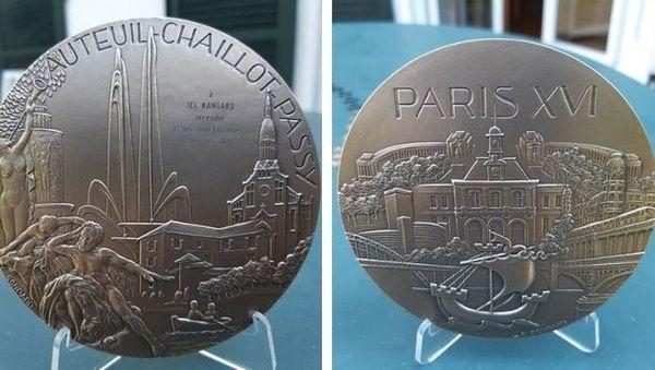 Pompier calédonien décoré à Paris