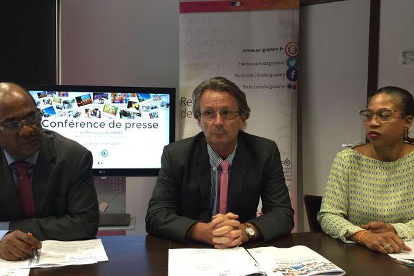 Dernière conférence de presse du recteur Philippe Lacombe
