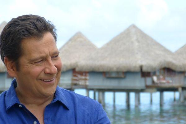 Laurent Gerra au Méridien à Tahiti, interviewé par Lolo pour Polynésie 1ère 2