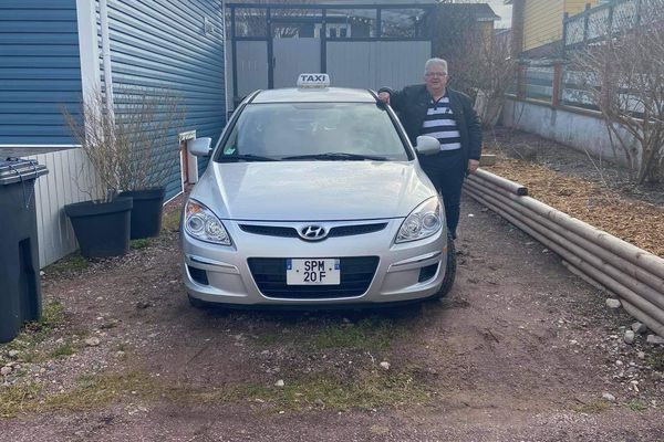 Taxi Mylan Yvon Cambray